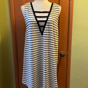 Stripped sleeveless summer dress